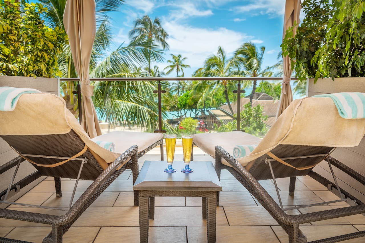 Hyatt Regency Waikiki Beach Hotel Cabanas