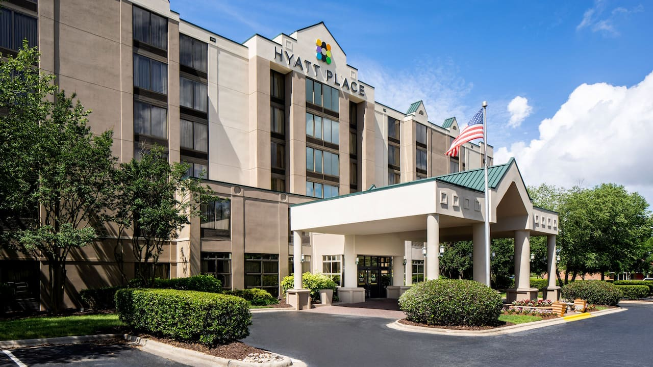 Hyatt Place Roanoke Airport/Valley View Mall exterior