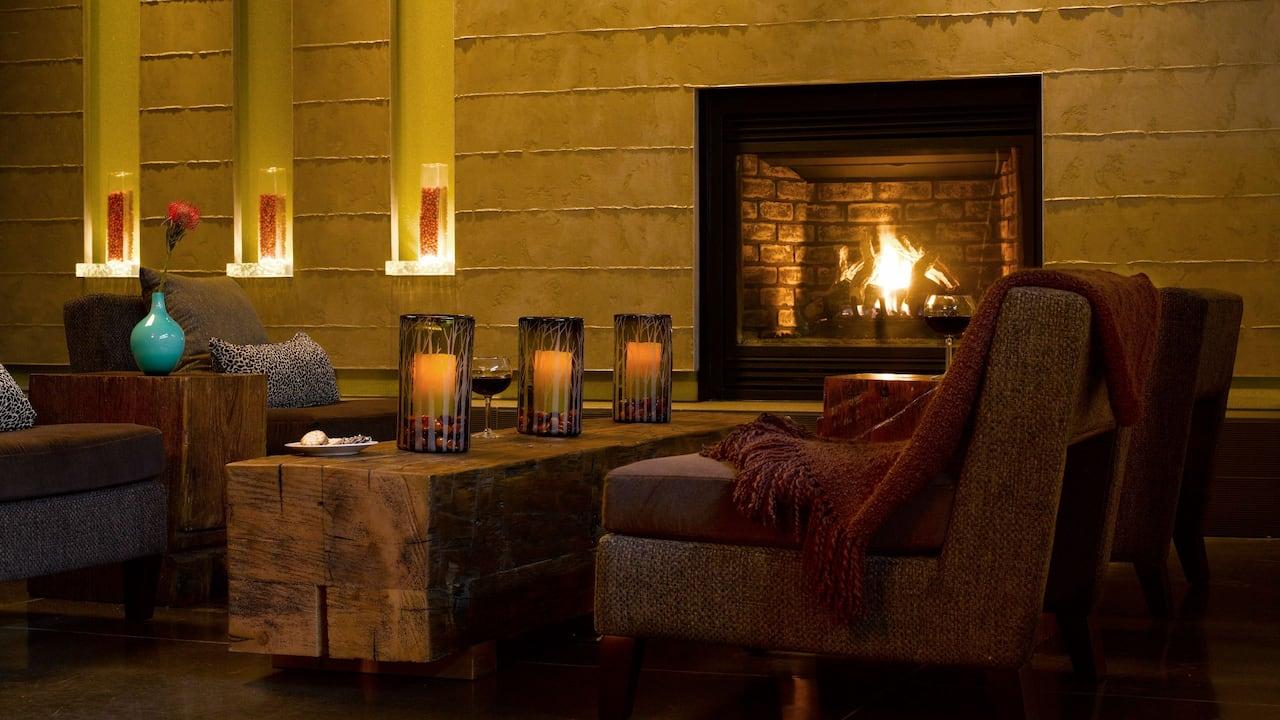 Hotel Lobby in Redmond, WA – Hyatt House Seattle/Redmond