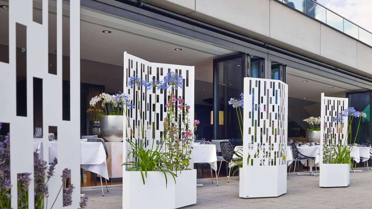 Dox Restaurant Hyatt Regency Dusseldorf