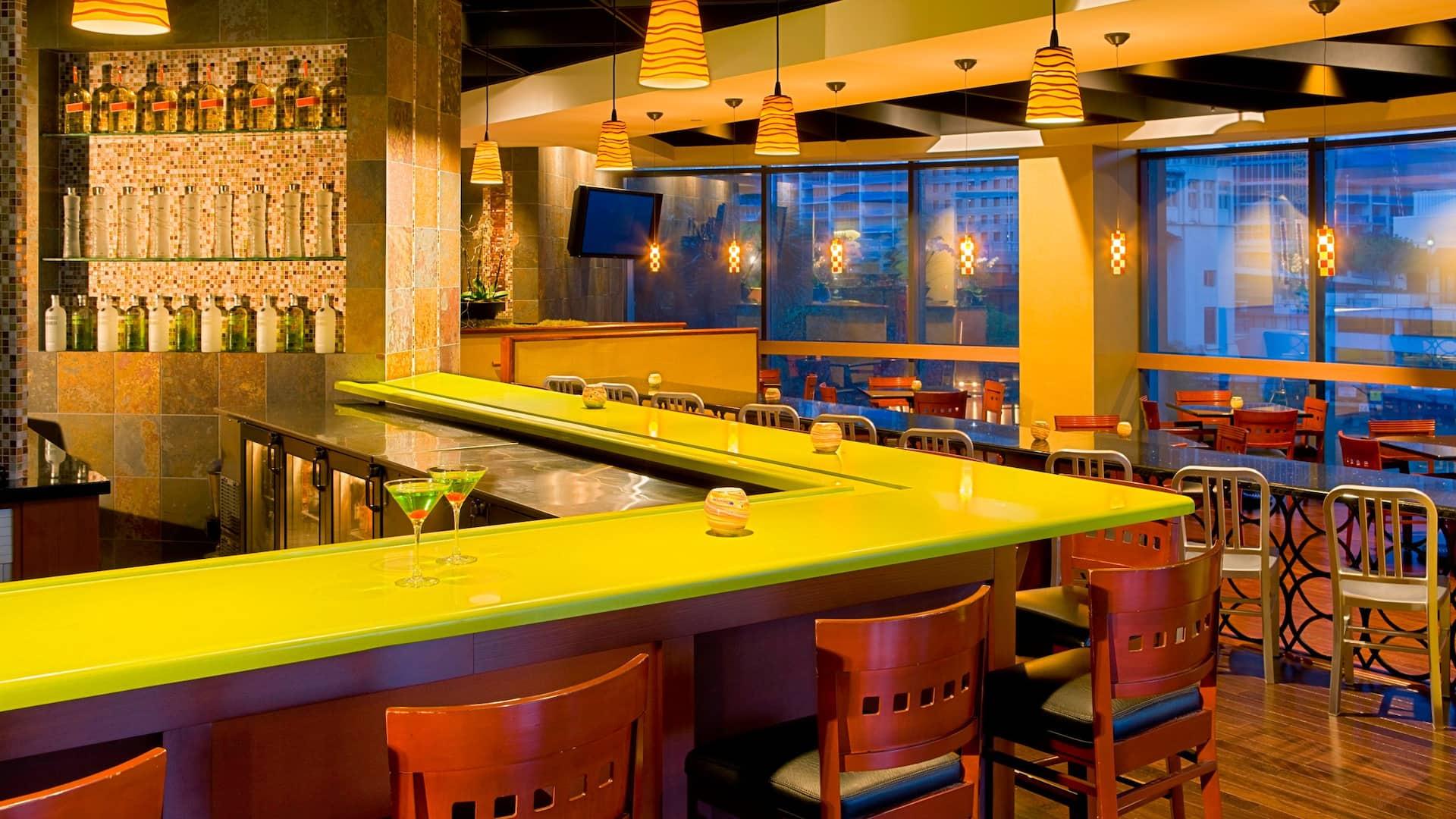Hyatt Regency Miami Bar