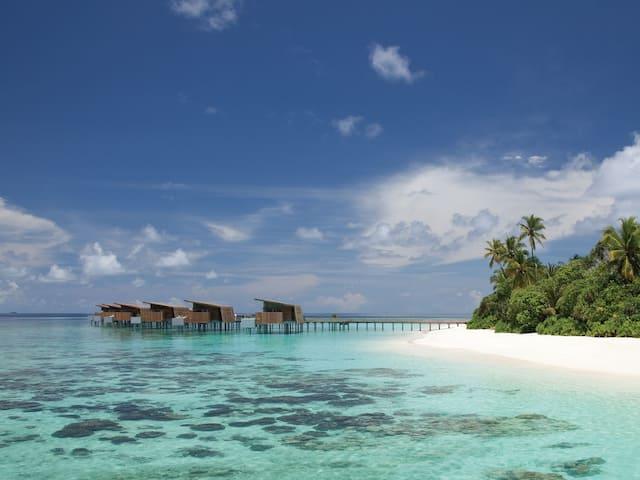 Luxury Maldives Resort Water Villas