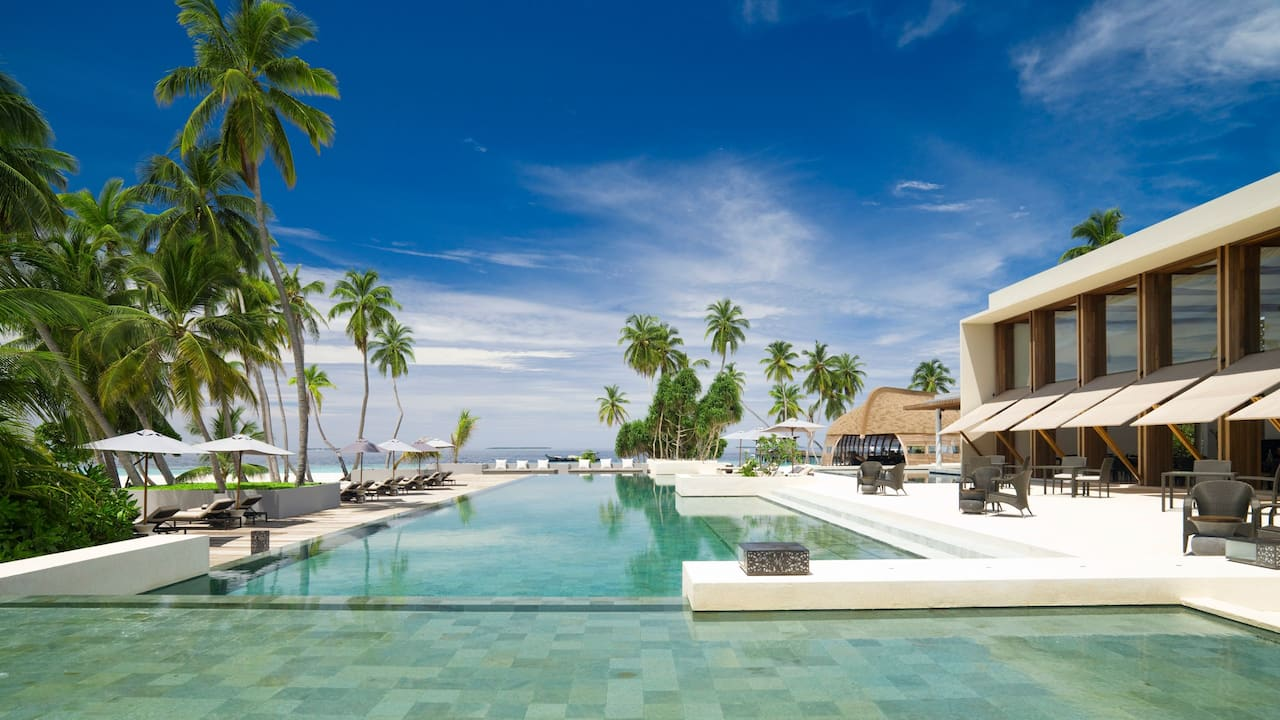 Best Luxury Maldives Resort Infinity Pool