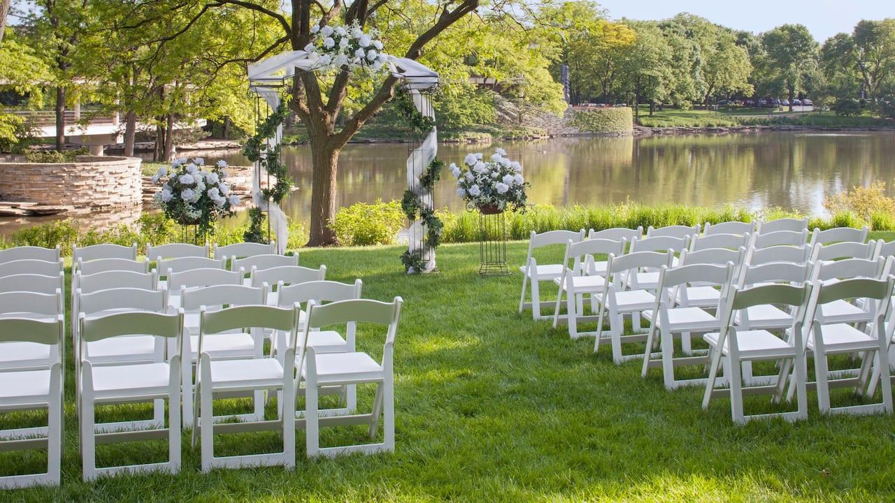 Grassy Knoll Wedding