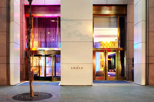 Entrance Andaz Wall Street