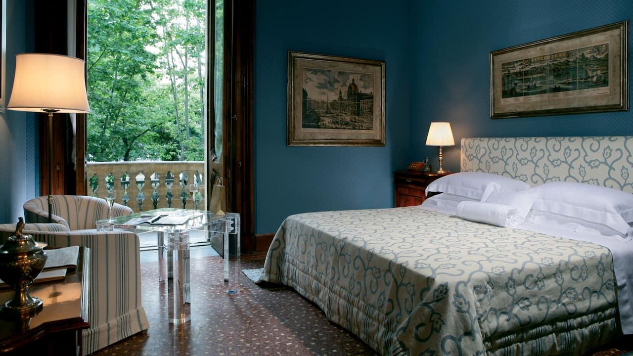 Prestige Parione with Balcony