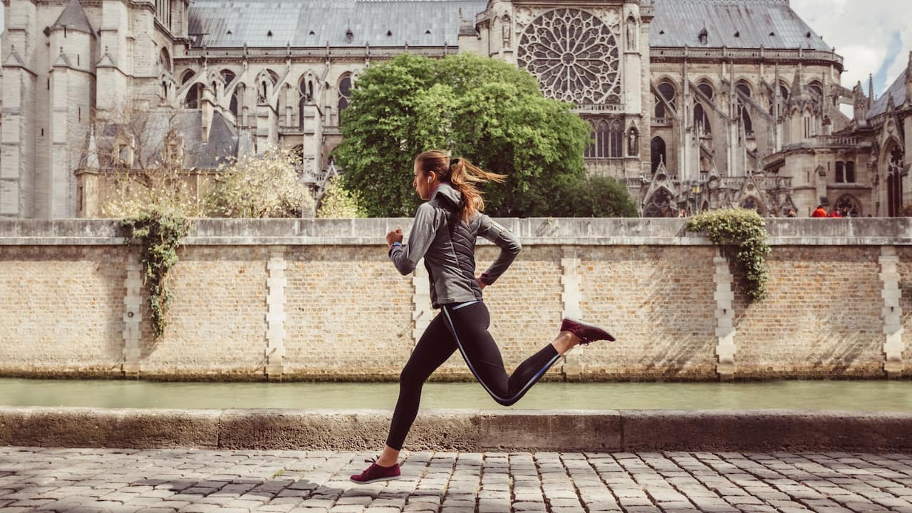 Hyatt-Regency-Paris-Etoile-Woman-Running-Jogging