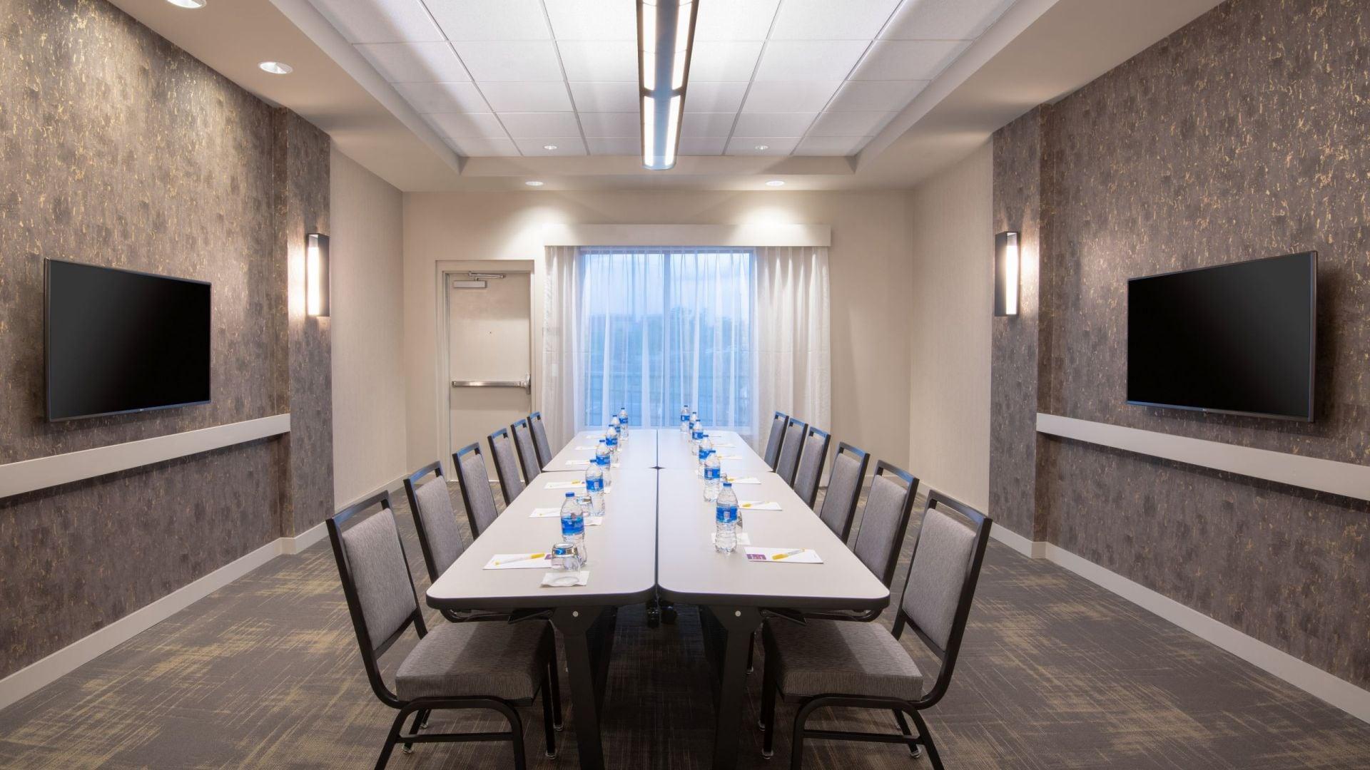 Hyatt Place Denver / Westminster Boardroom