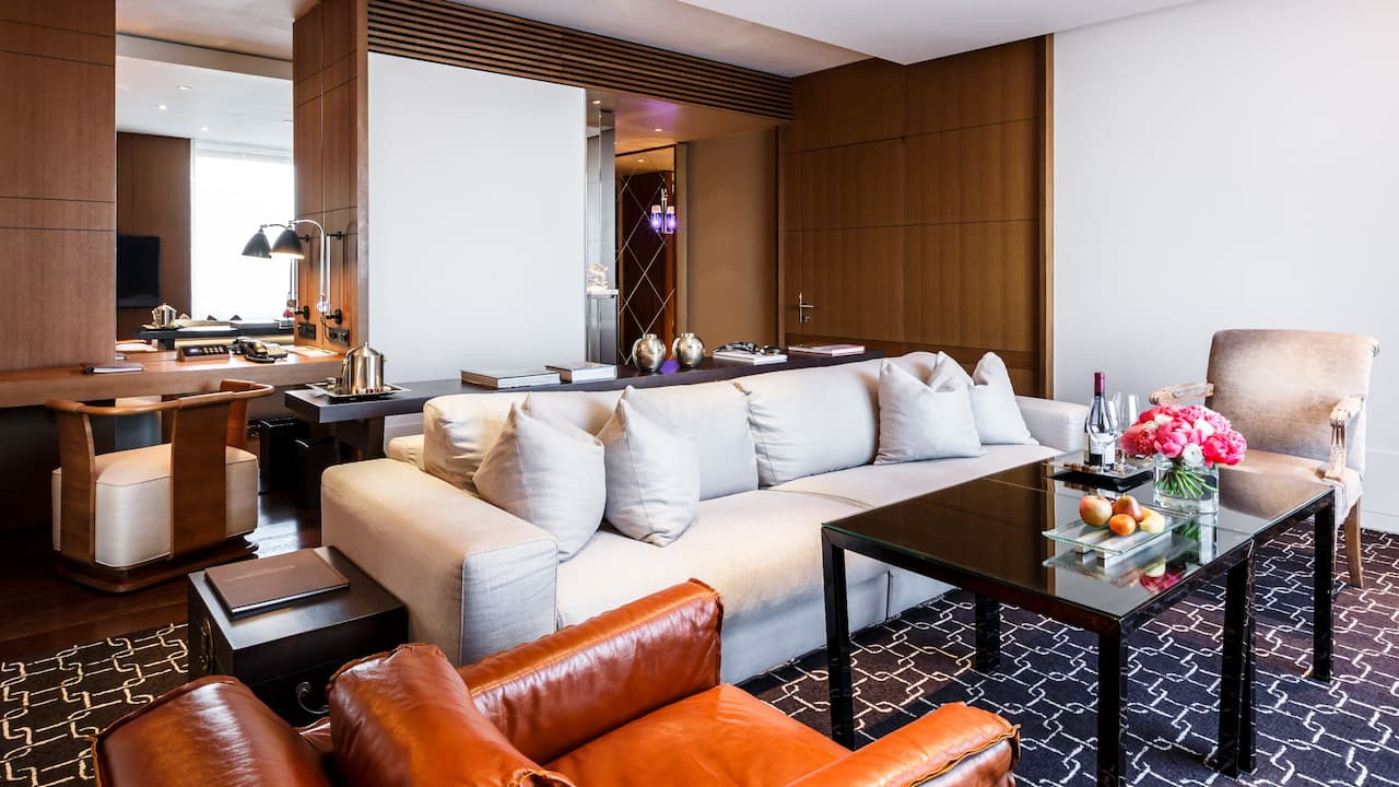 Ararat Park Hyatt Moscow Park Suite Living Room