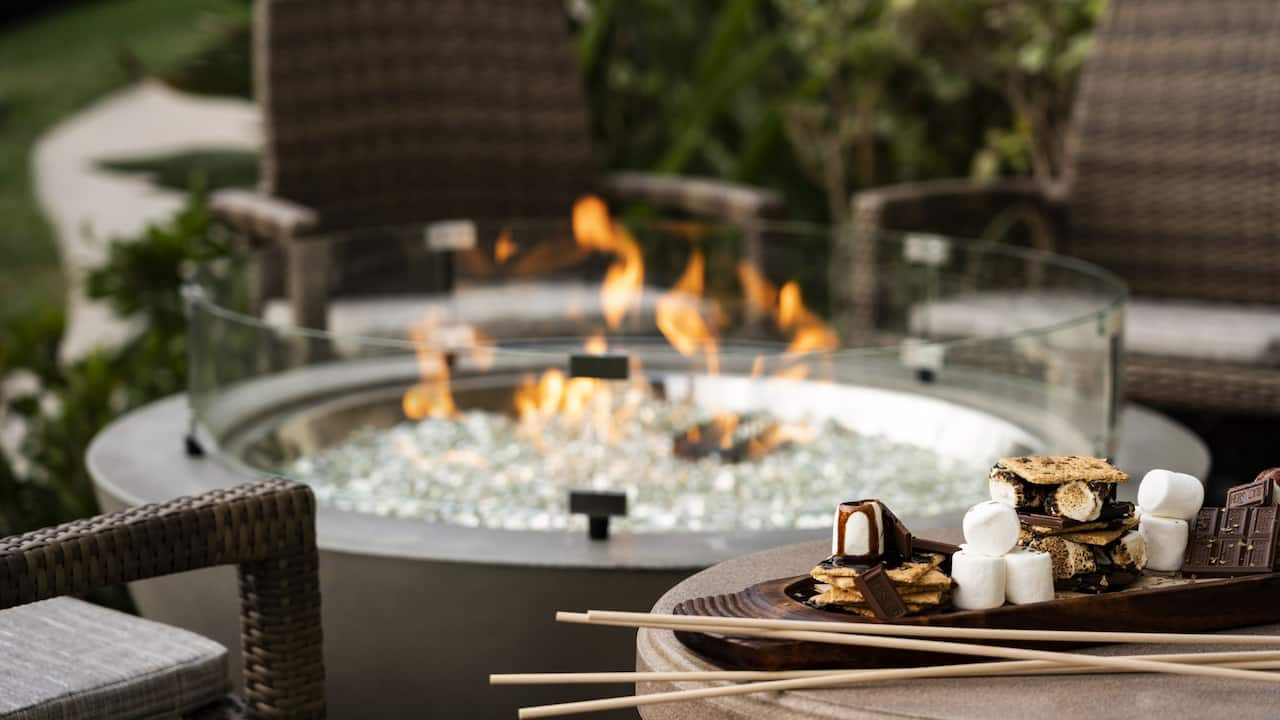 Huntington Beach hotel room with firepit | Hyatt Regency Huntington Beach