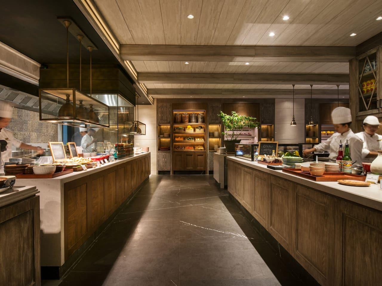 The Grand Café Grand Hyatt, All-day Dining and Buffet Restaurant Jakarta