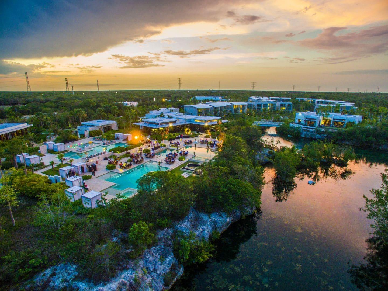 Andaz Mayakoba Resort Riviera Maya studio meeting