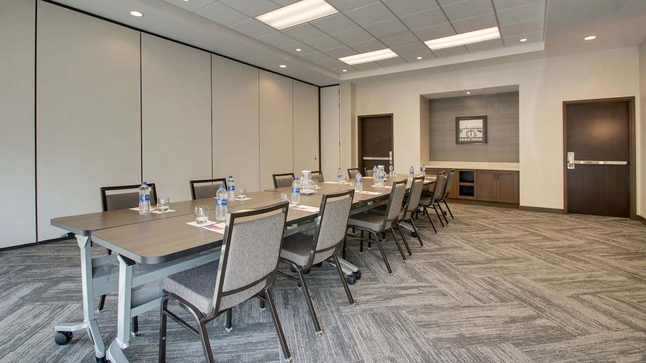 Hyatt Place Milwaukee Downtown Meeting Venue in Downtown Milwaukee