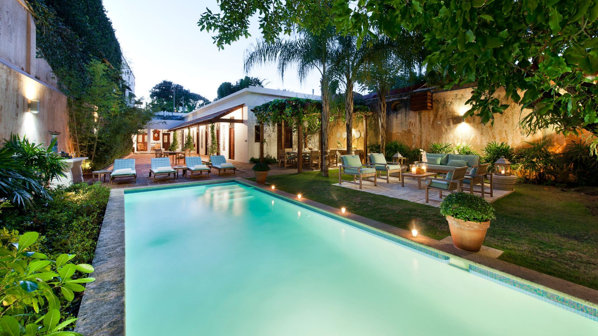 Three colonial villas with beautiful period décor