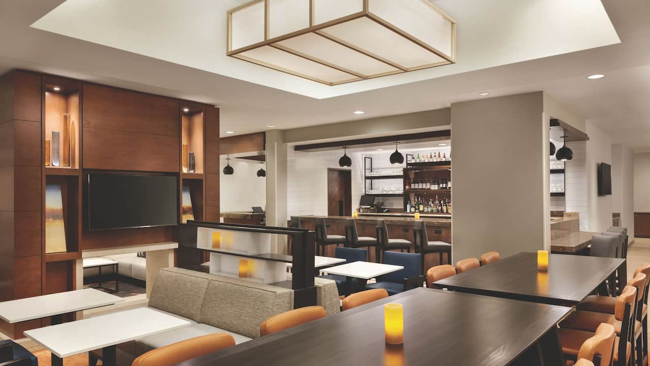 Hyatt House Denver Airport H Bar