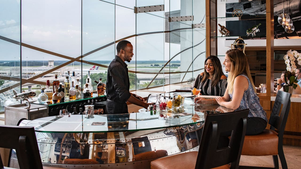 Hyatt Regency Orlando International Airport | Hemisphere Bar