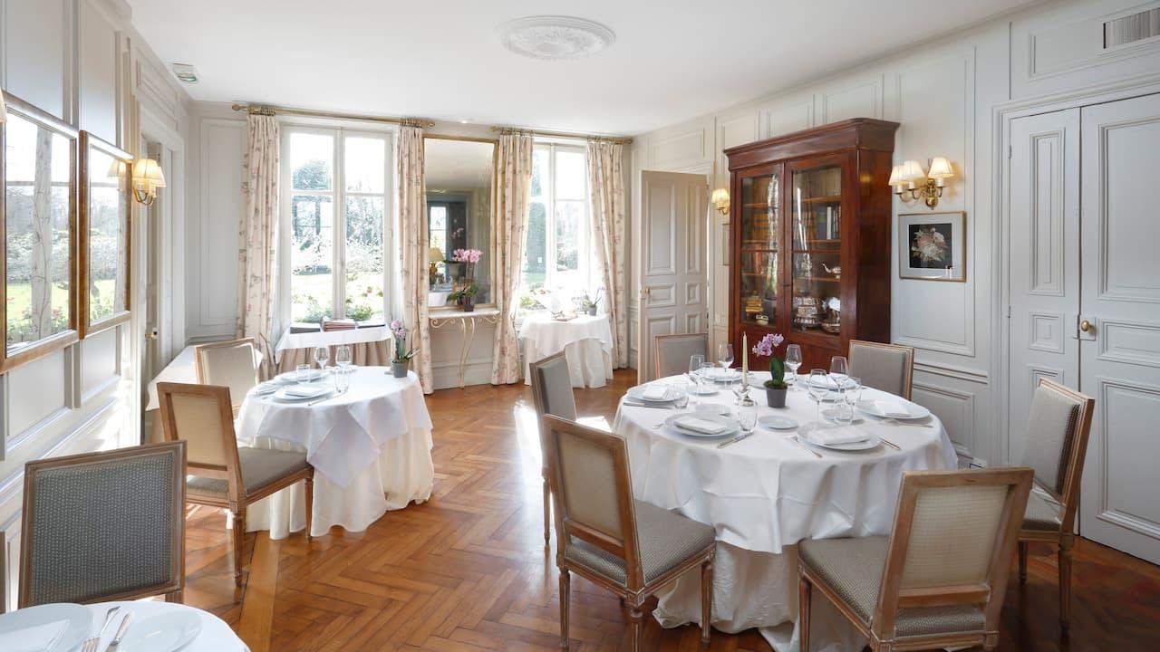 Restaurant Small Room