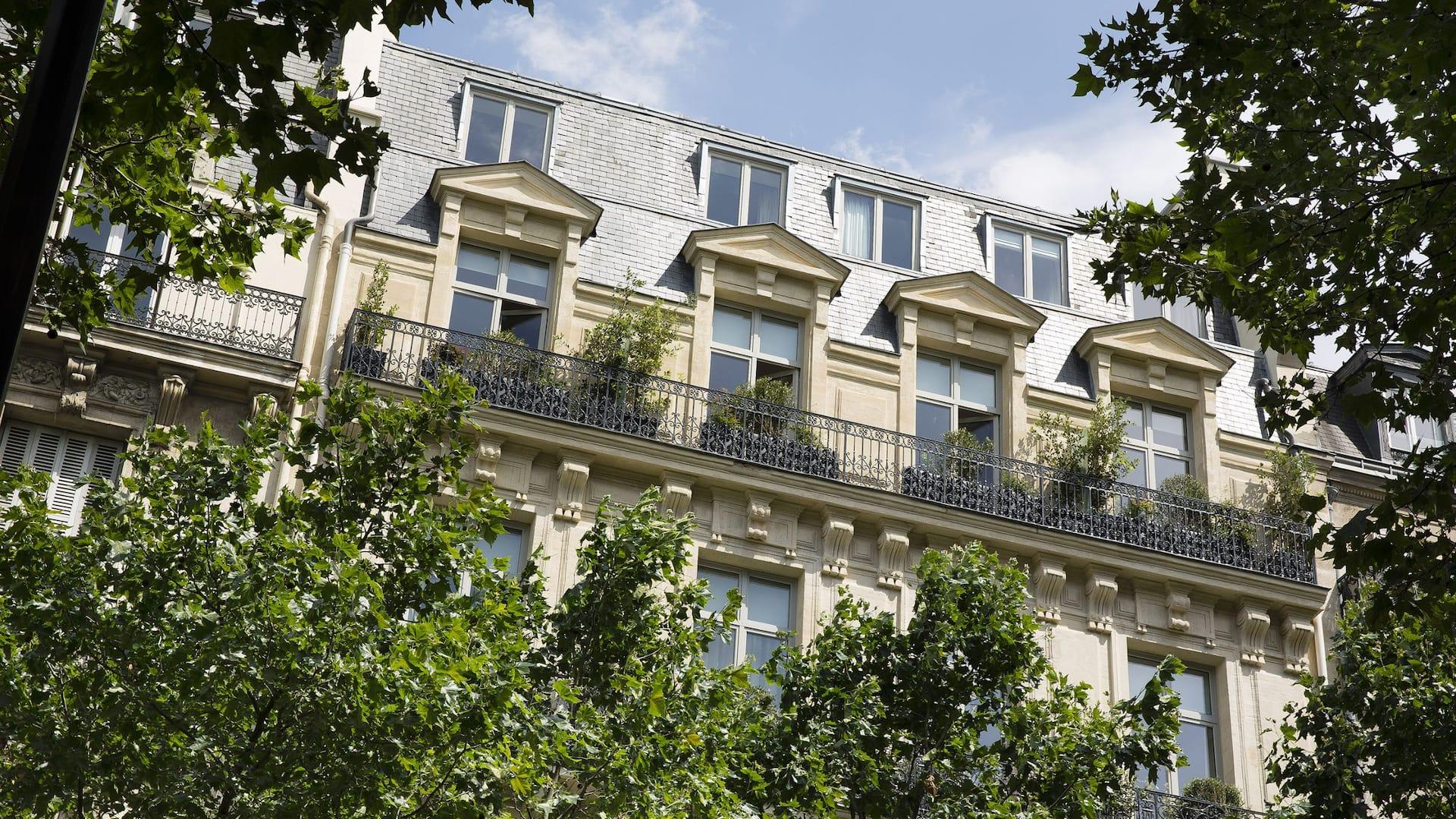 Le Narcisse Blanc Hôtel & Spa exterior