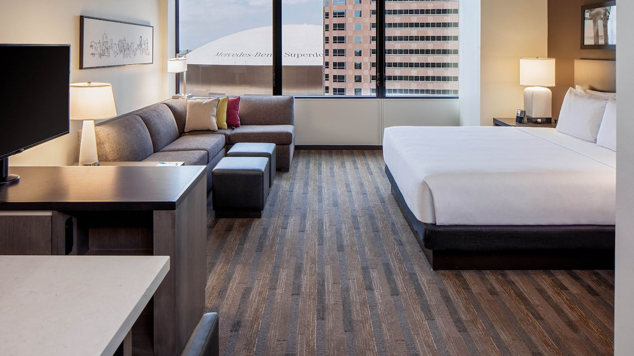Hyatt House New Orleans/Downtown High Floor King Studio