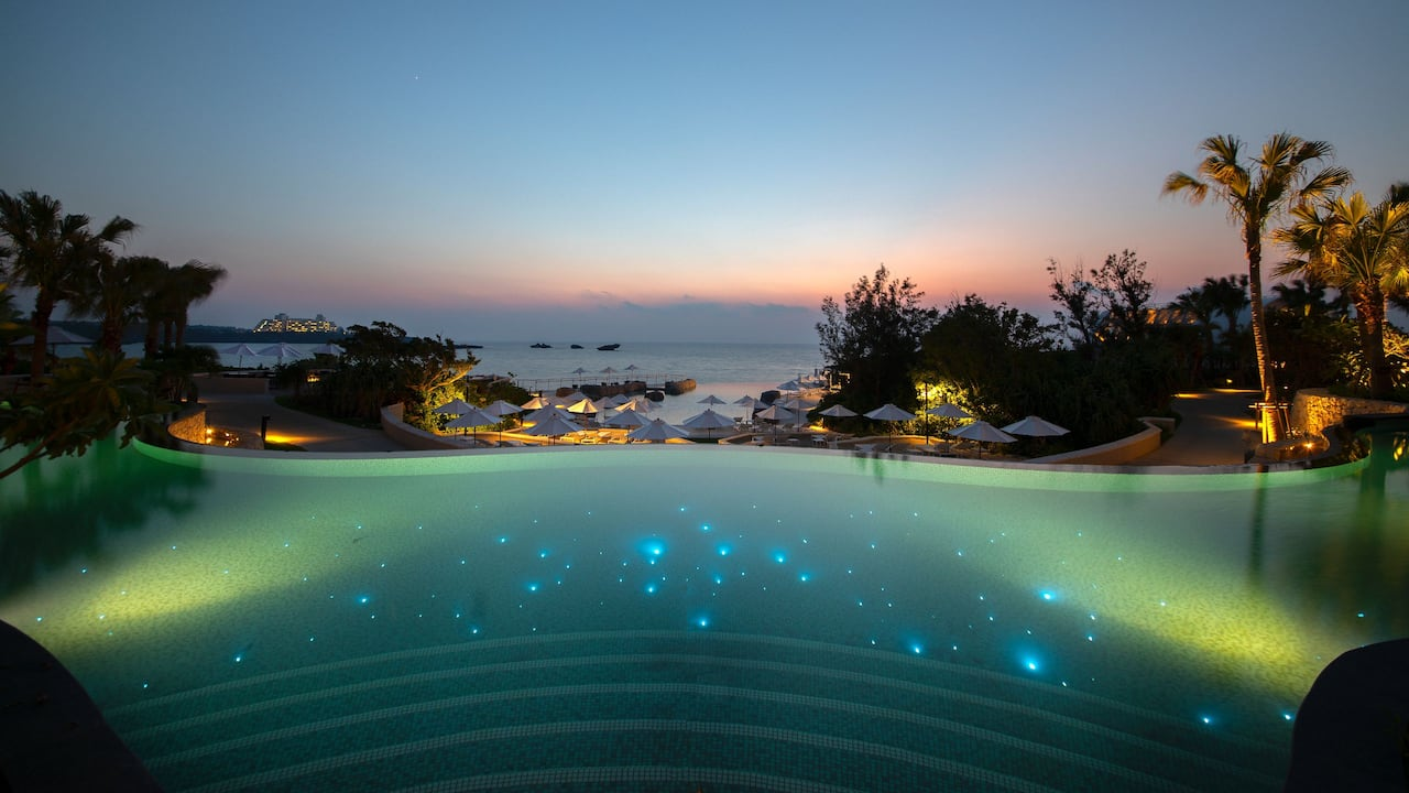 Hyatt Regency Seragaki Island, Okinawa Sunset Pool