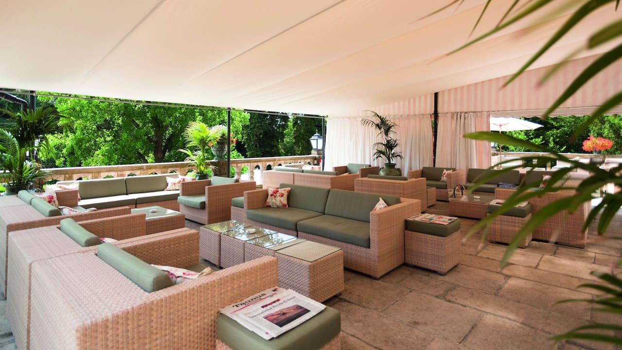 Victoria Lounge