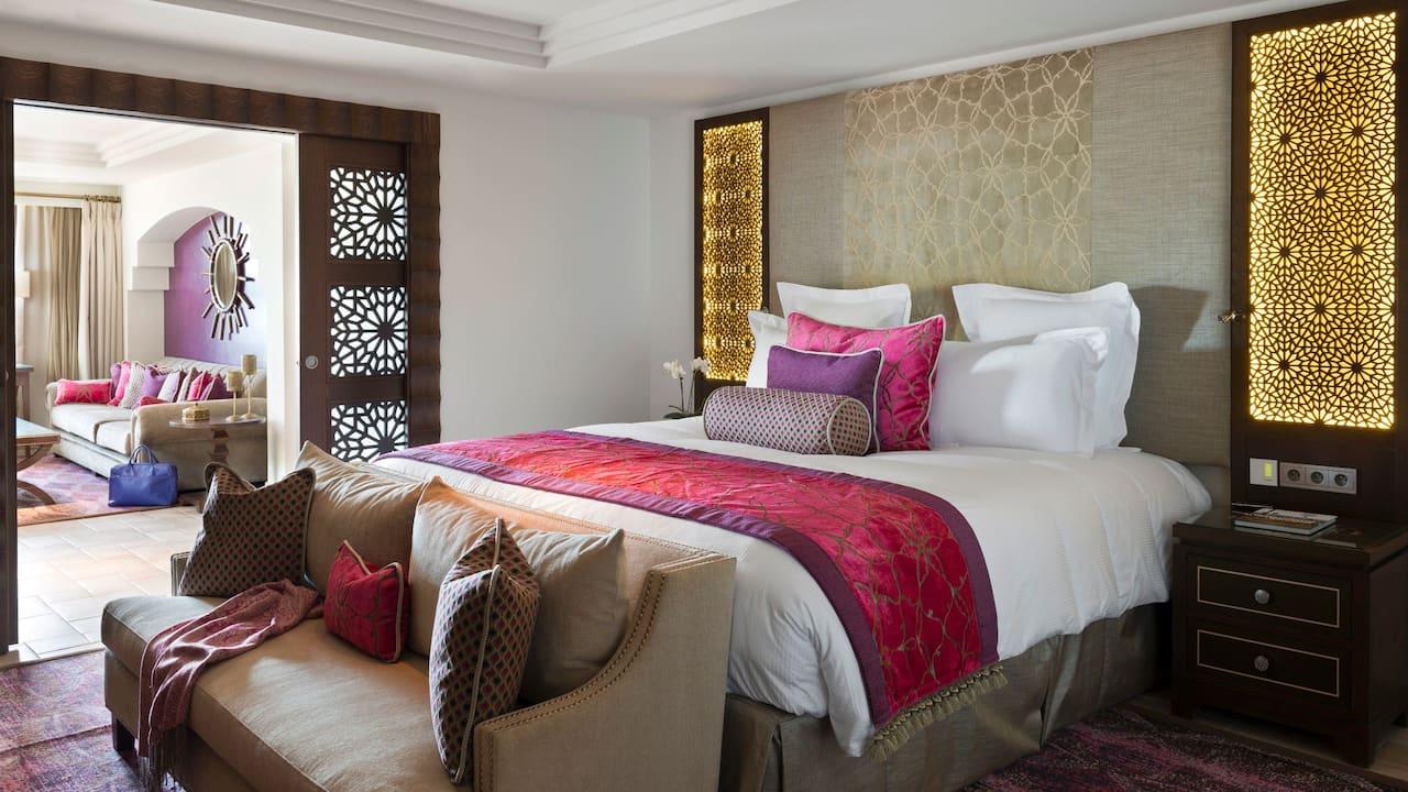 Bedroom Suite Royal