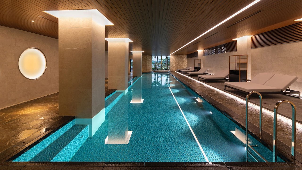 Hyatt Regency Seragaki Island Okinawa Indoor-Pool