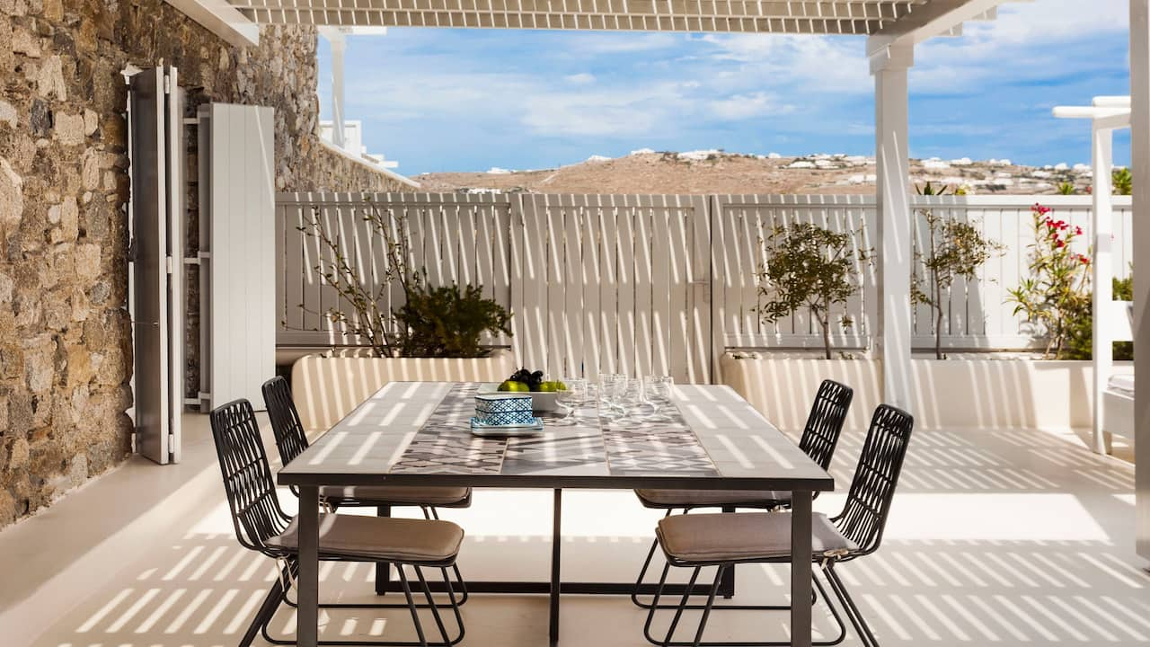 Terrace Royal Beachfront Infinity Pool Villa