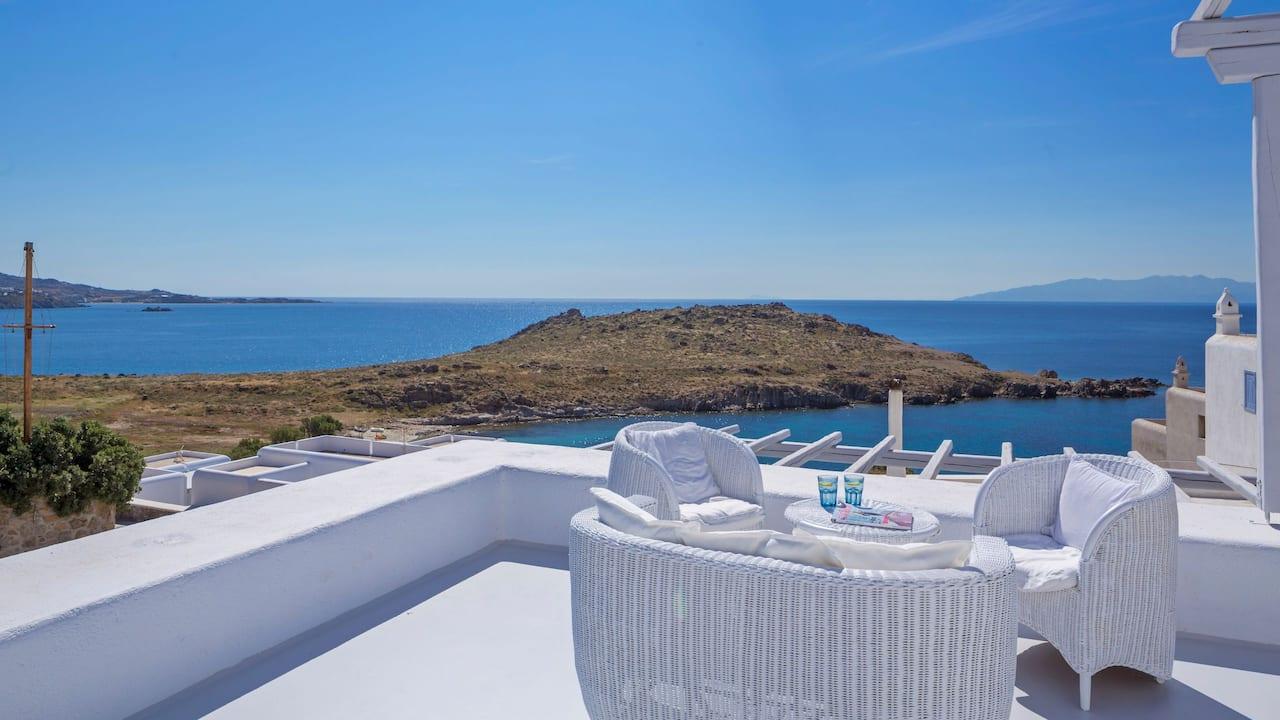 Honeymoon Outdoor Area
