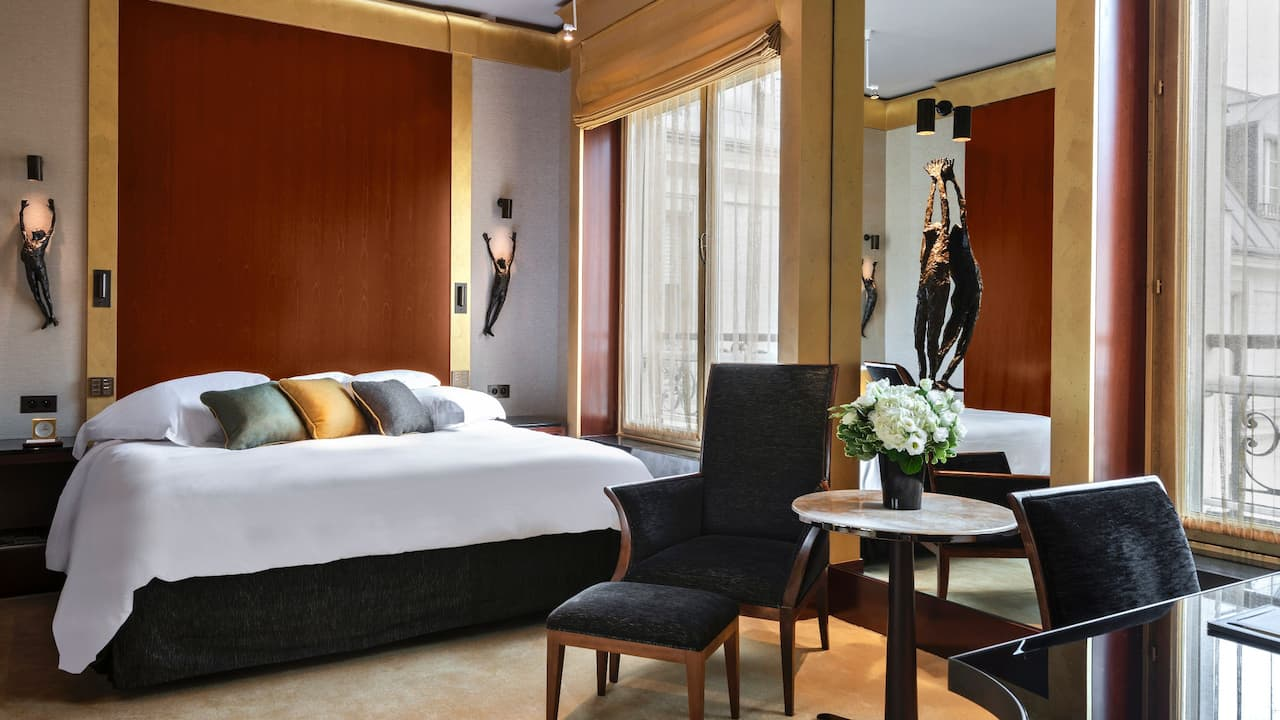 Executive Bedroom at Park Hyatt Paris-Vendôme