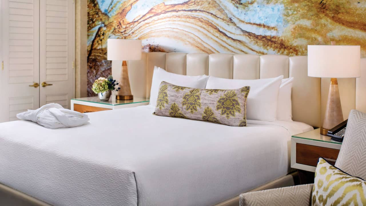 Resort King Bed