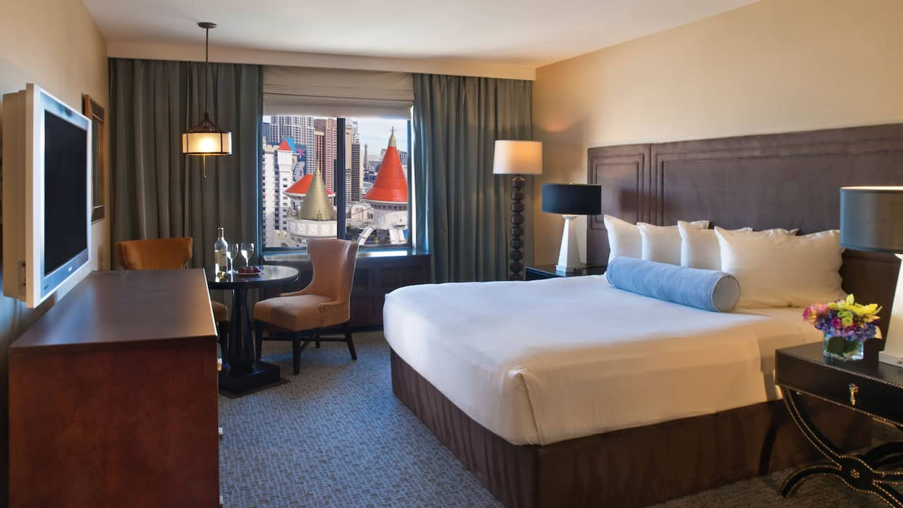 Resort Tower King