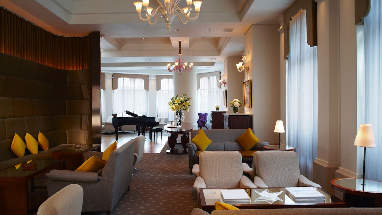 Lanson Place Hotel Lounge