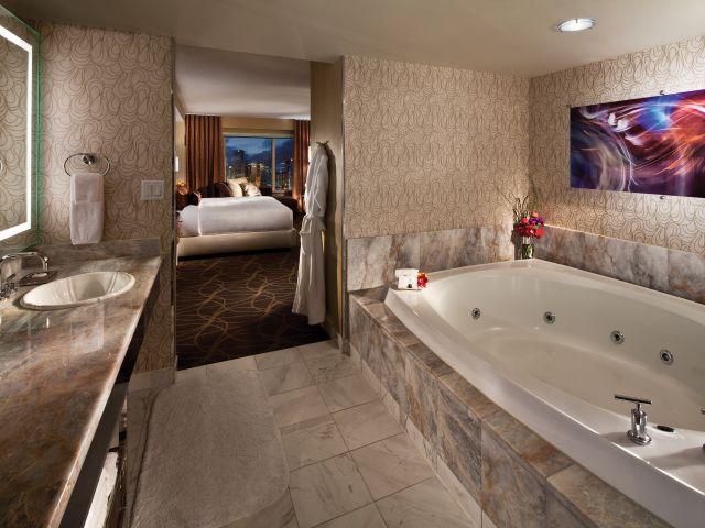 Penthouse Suite Bathroom
