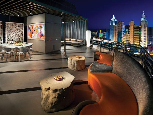 Outdoor Terrace Suite