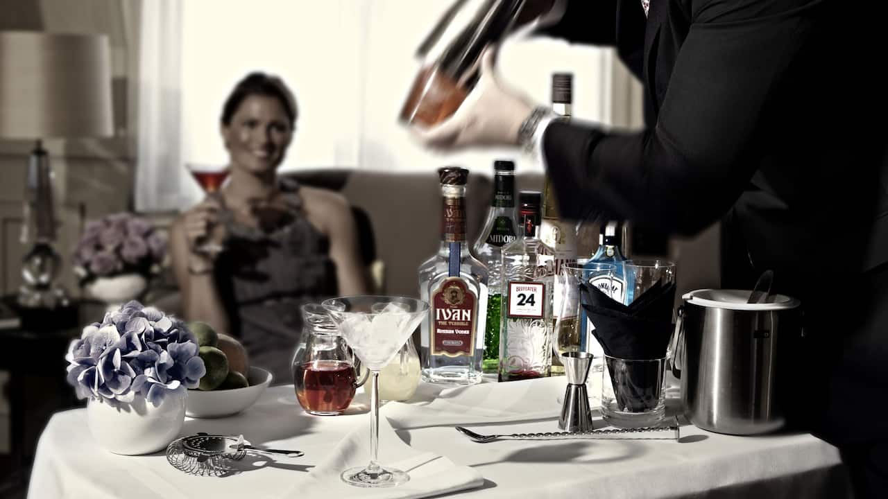 Cocktail Butler