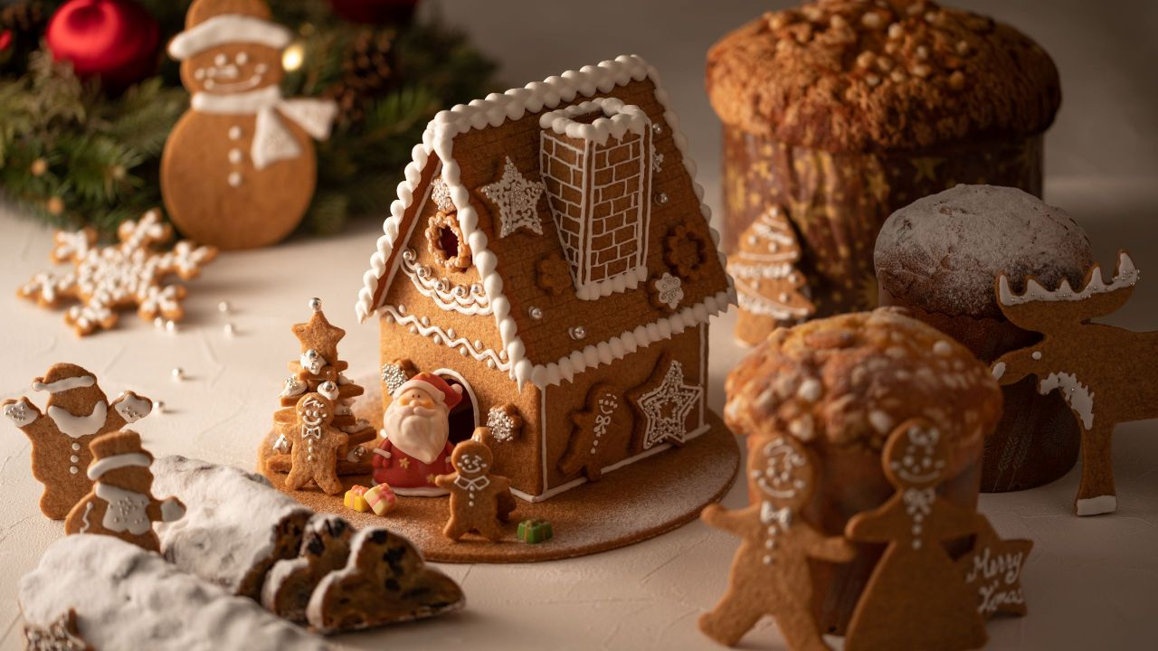 Christmas Cakes and Bakery Goods