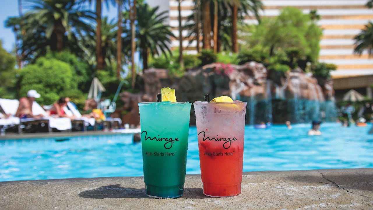 drinks by pool