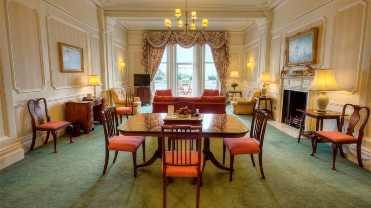 Debussy or Presidential Suite