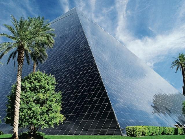 Luxor Exterior