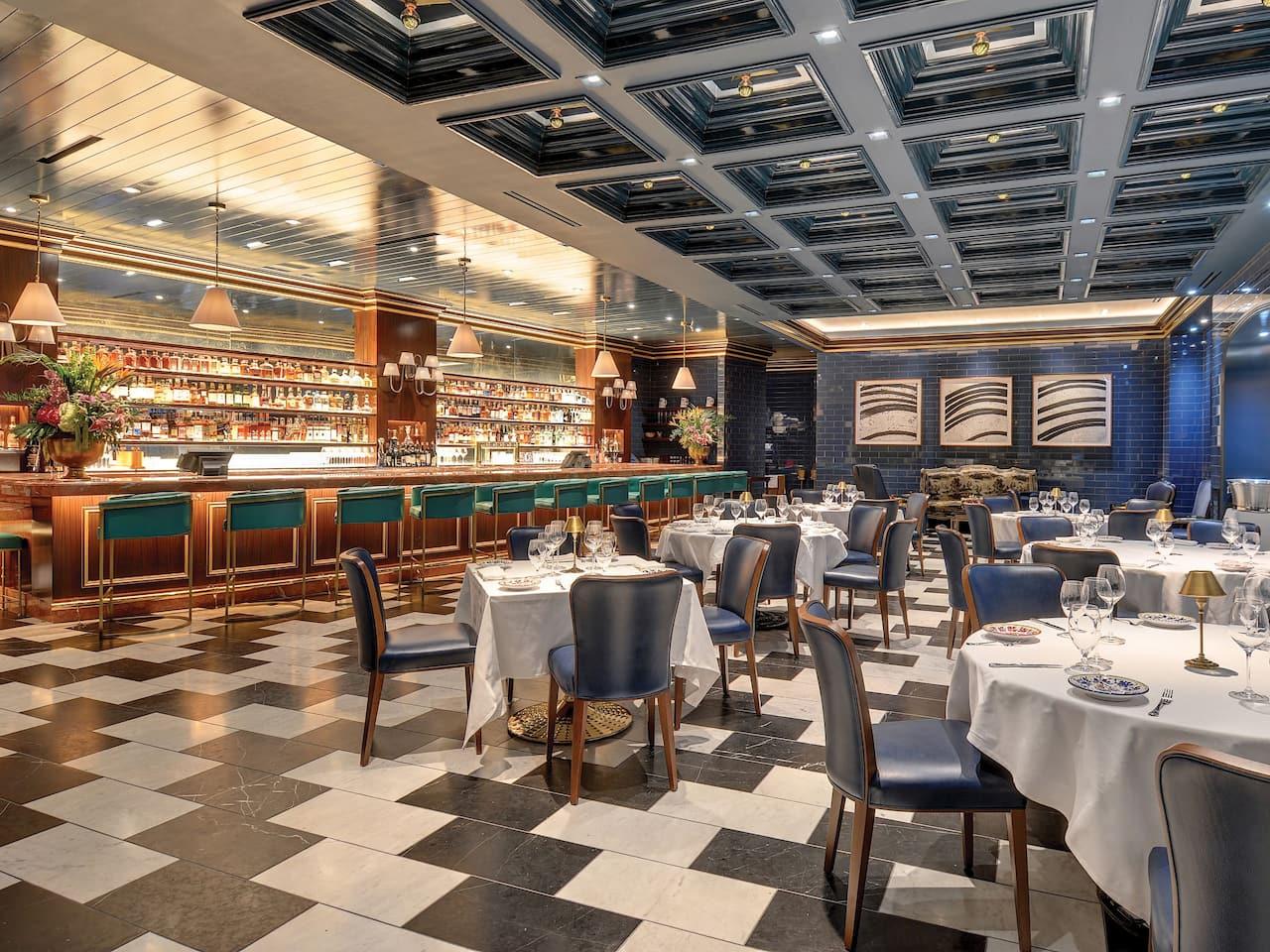 Carbone dining room