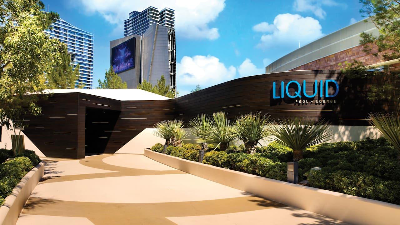 Nightlife liquid lounge