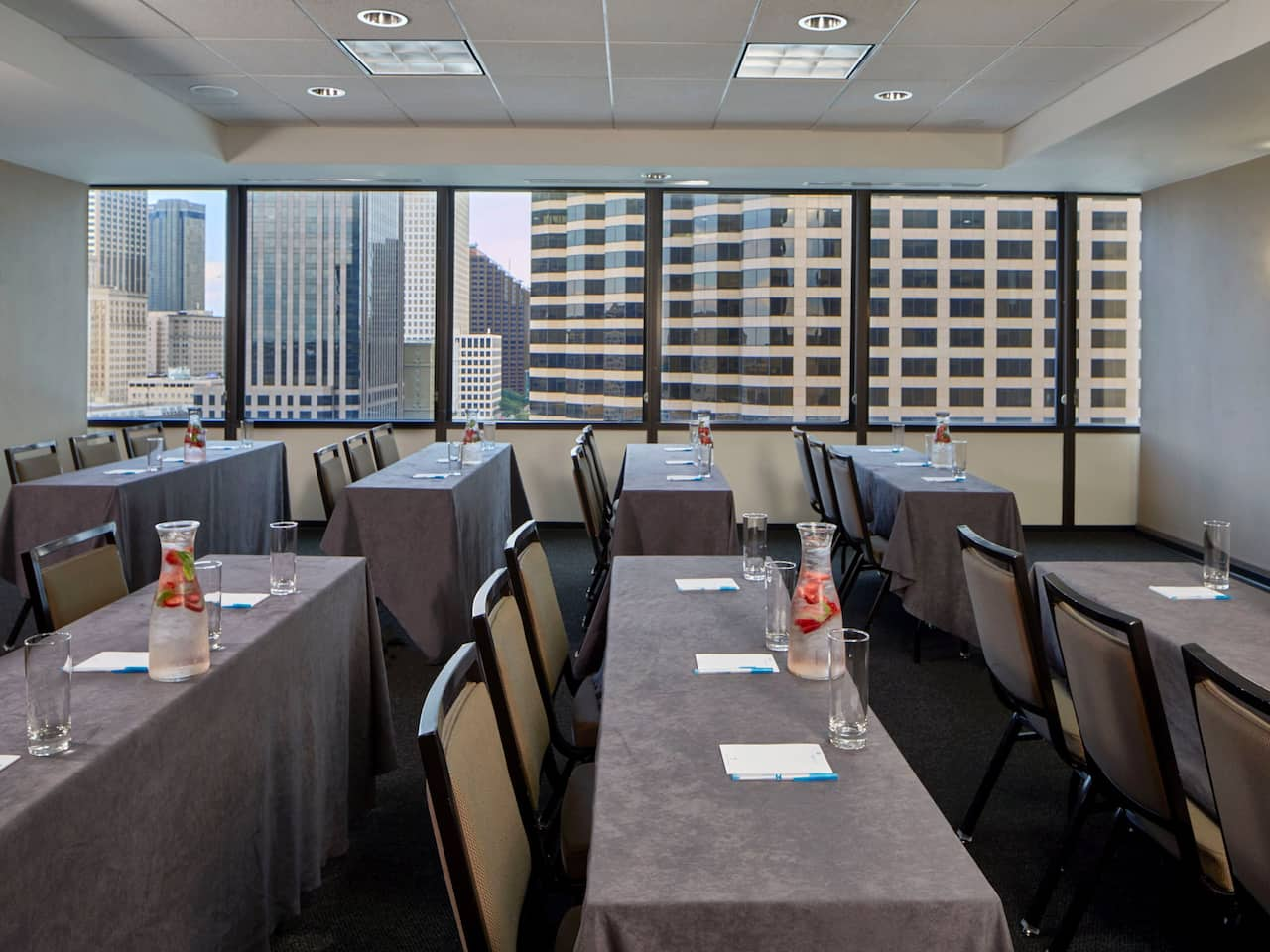 Hyatt House New Orleans/Downtown Meeting Room