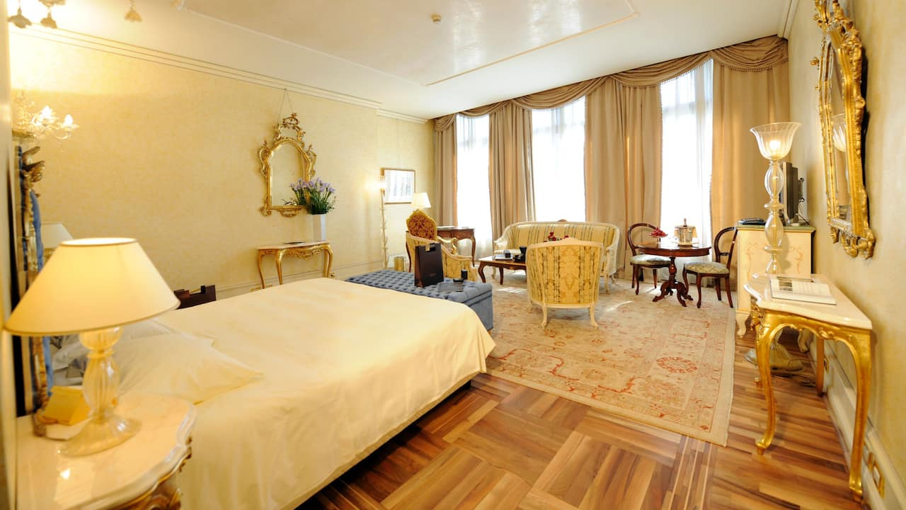 Grand Canal Suite