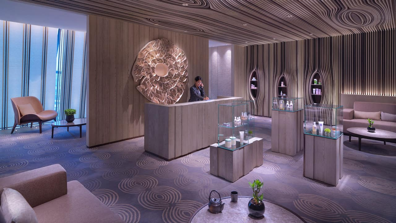 Huan Spa Reception Desk
