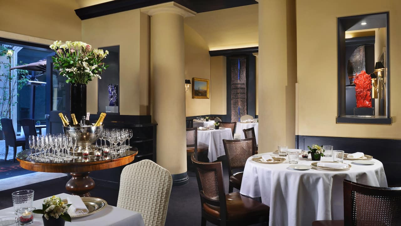 Hote Inghilterra Cafe Romano Restaurant