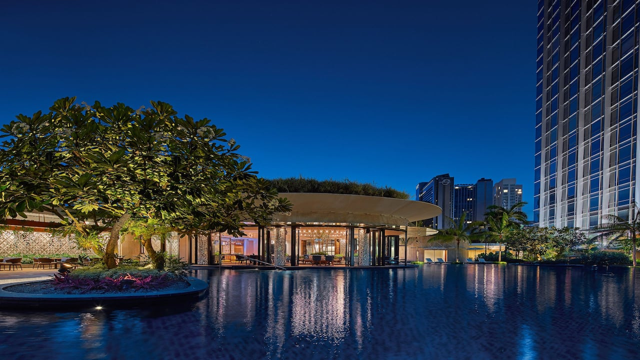 Grand Hyatt Kuala Lumpur -  Outdoor Swimming Pool in the Evening