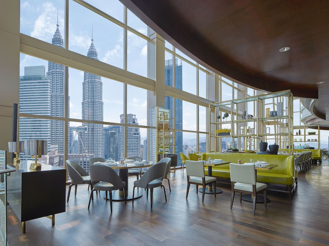 THIRTY8, 360 degree view restaurant at hotel Grand Hyatt Kuala Lumpur