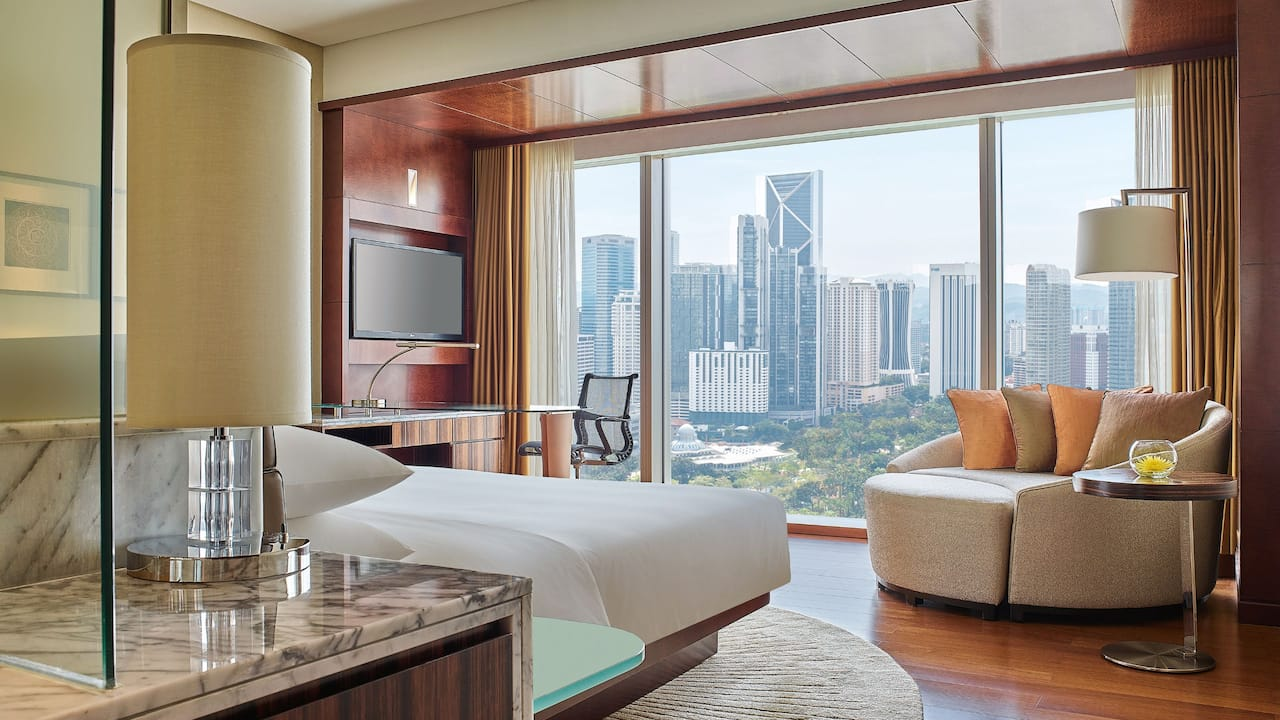 Grand Hyatt Kuala Lumpur - Grand Room with Garden View (Bedroom)