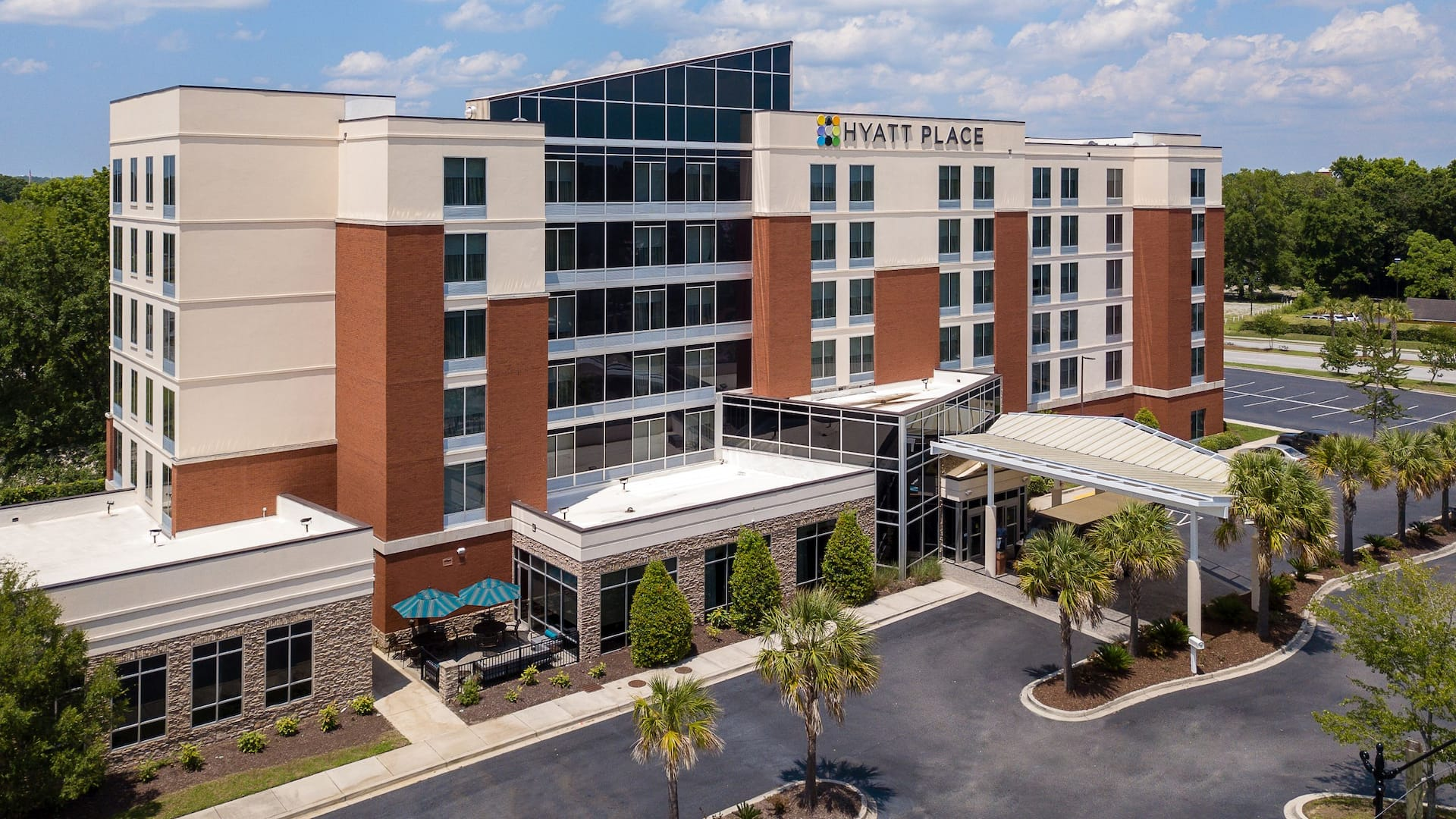 Hyatt Place Charleston Convention/Airport Hotel exterior